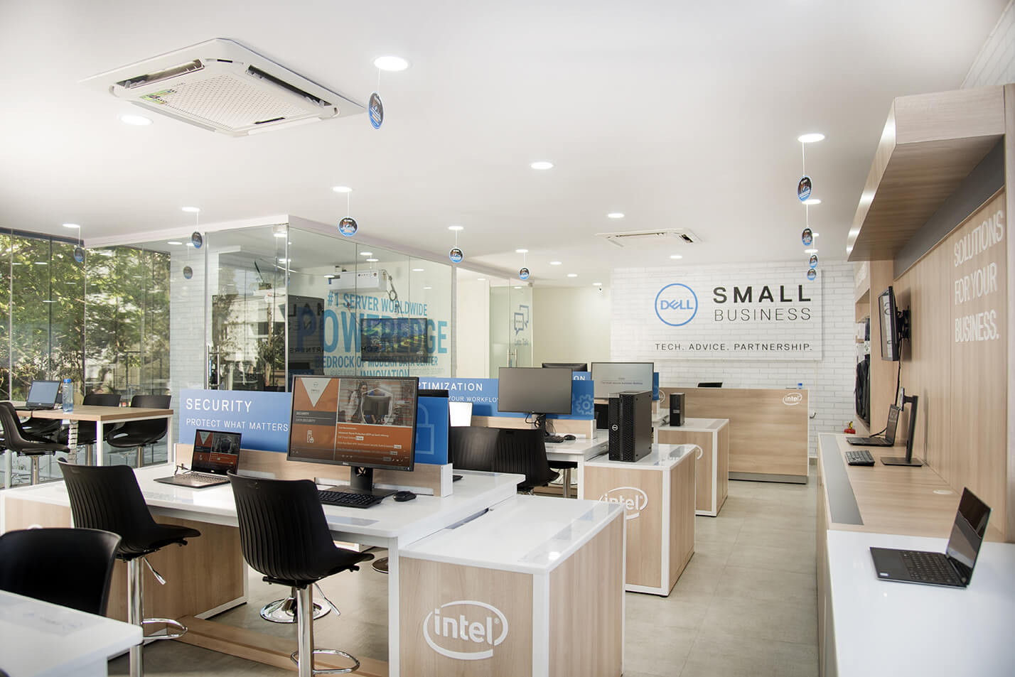 DELL_-_SMALL_BUSINESS_SOLUTIONS_CENTRE_1